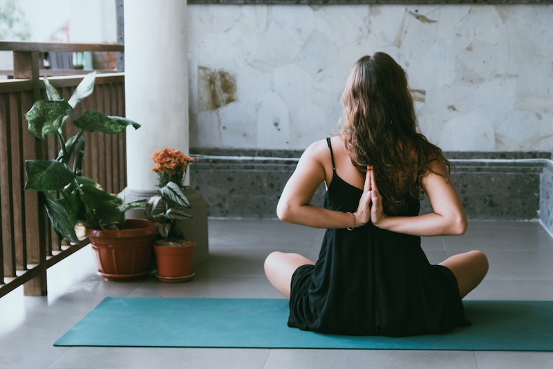 Yoga – 9 Ways Yoga Helps to Relieve Anxiety and Lower Stress